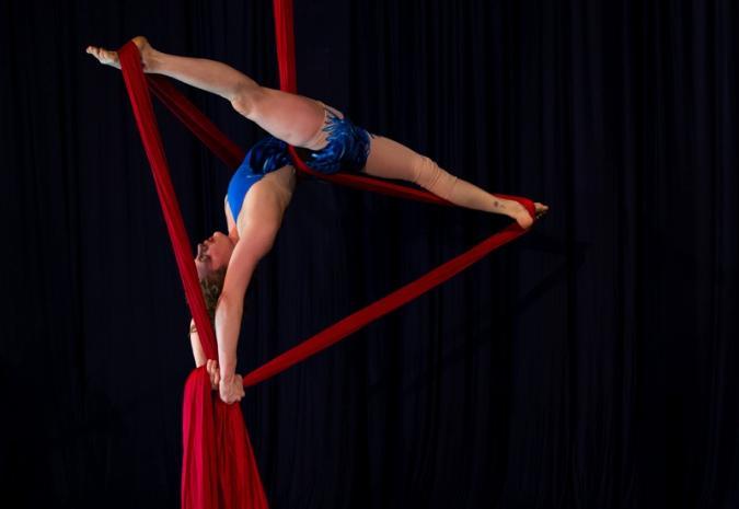 Aerial Silk Artist Destiny`s Aerial Silk Act The
